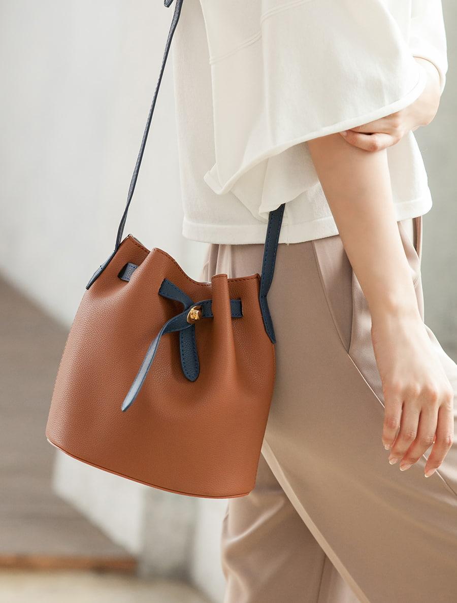 【fifth/フィフス】ベルトデザインバケツバッグ